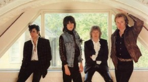 1991, Wind-Up Radio and The Pretenders
