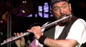 Prog Rock God Ian Anderson talks to Phoenix FM