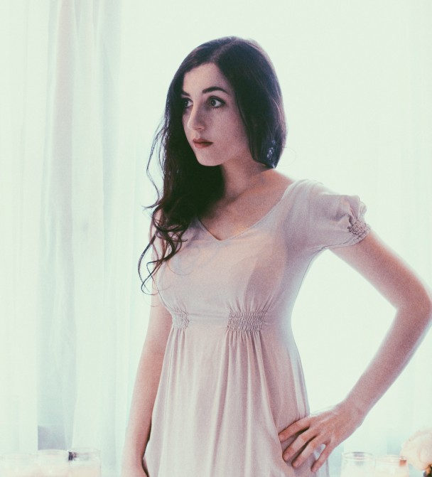 Marissa-Nadler-608x671