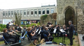 Brentwood Arts Festival – live performances under the ruins
