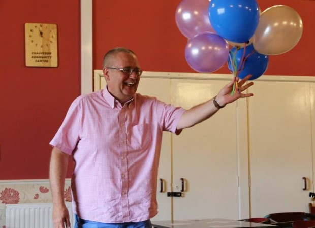 Bob S being drafted as Balloon  Volunteer, FlashMob (IW 2.7.2015) (Version 2)