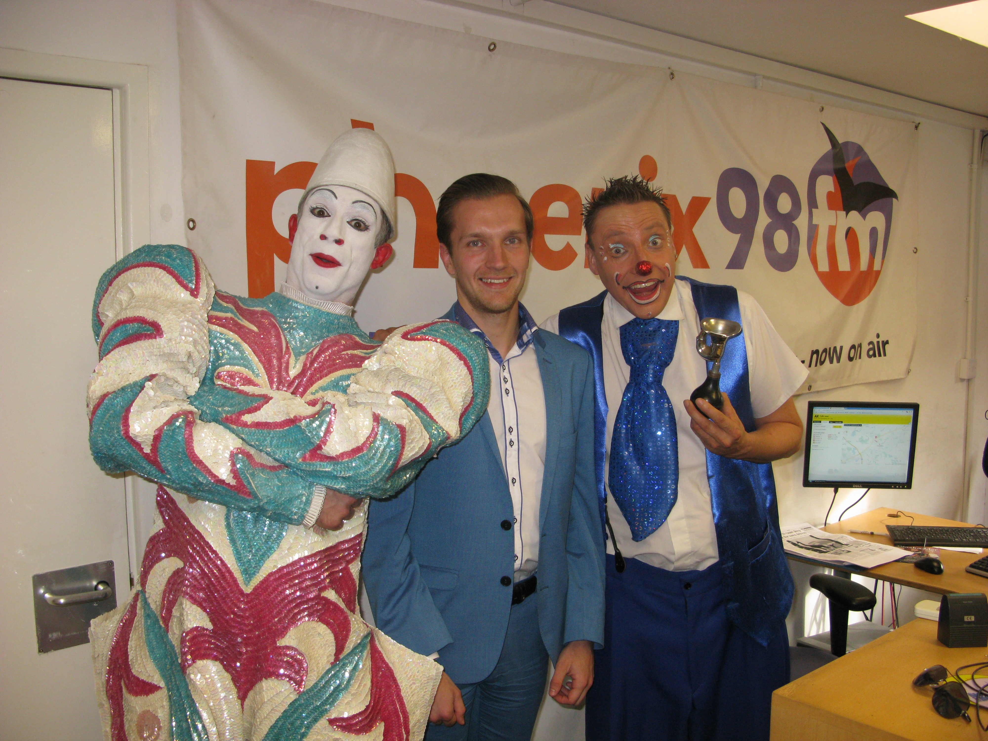 2015-09-22 Alan Woods with clowns 02