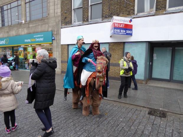 2015-11-28 011 camels (Paul)