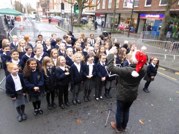 2015-11-28 024 Hogarth School (Paul)