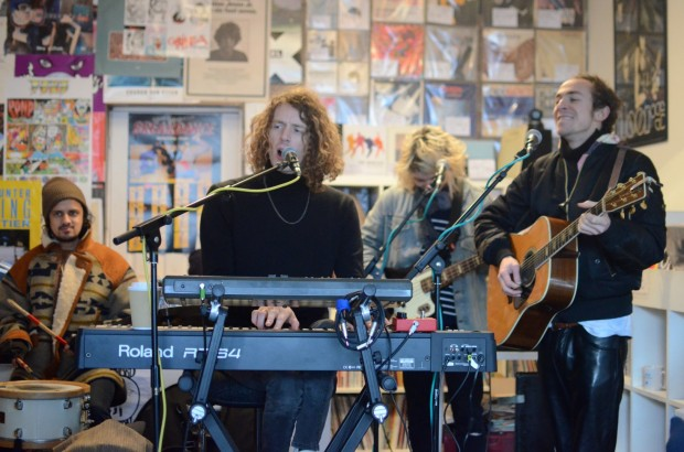 2016-01-20 15 Mystery Jets at South