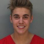 Justin_Bieber_mugshot,_front