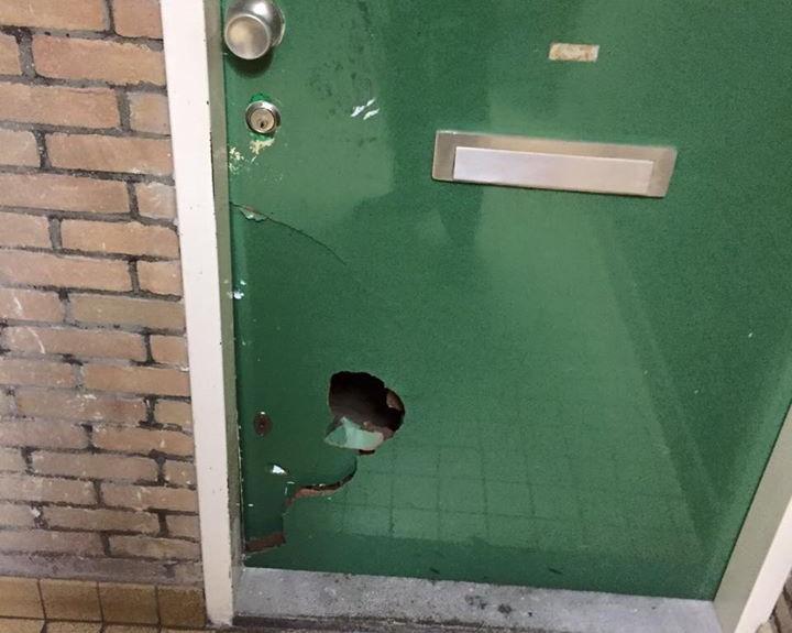 Opera singer's door