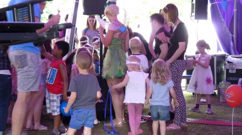 2016-06-11 Strawberry Fair (Bob) 45