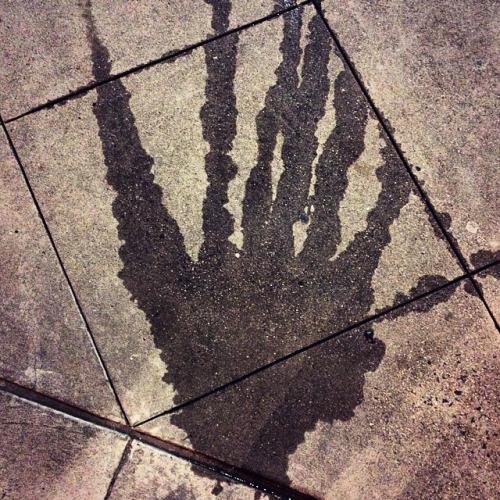 Devil's handprint