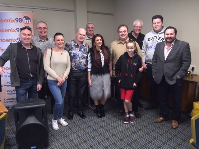 2017-03-25 011 Group photo with Lydia Lucy