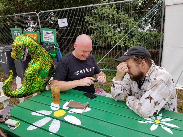 2017-07-16 353 Gareth with Seramic