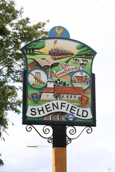 shenfield sign 01