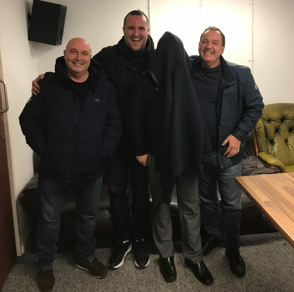 2017-11-28 Dave Walker and Exwhuemployee with Andy Swallow and Danny Meakin
