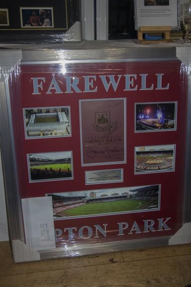 Celebrating the last match at Upton Park