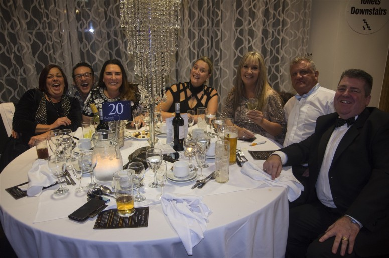Table 20 - 7 happy guests