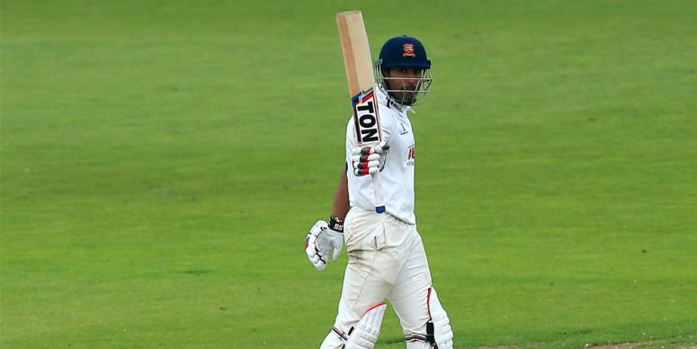 Ravi Bopara in Action: Image courtesy of Essex Cricket