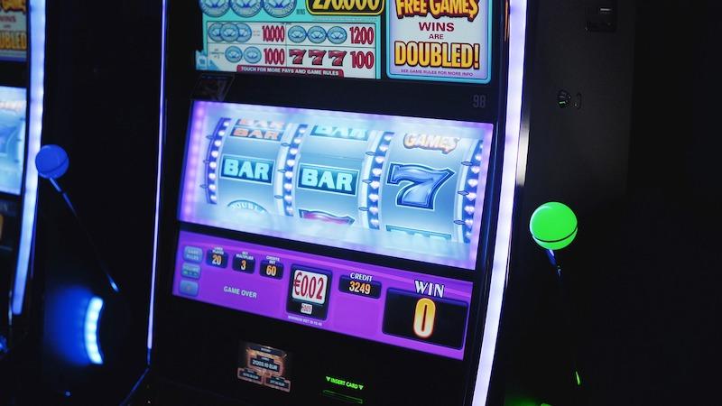 fantasy casino games Online